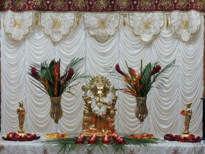 The guest table with a Ganesha centerpiece.